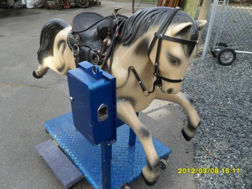 "#285 – Kiddy Ride ""Champion Horse"""